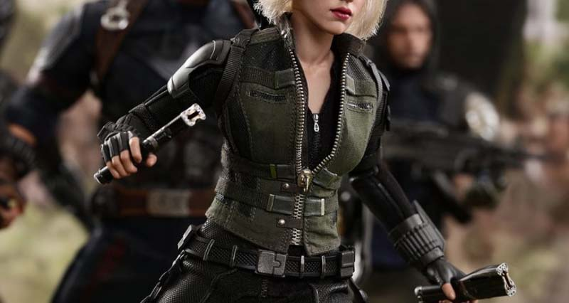 black widow classic suit by hot toys
